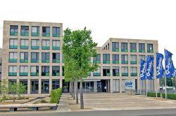 Basler wirbt mit neuem Kombi-Schutz um Mittelstand