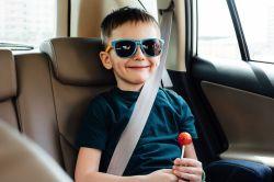 GDV: Schwere Mängel bei der Sicherung von Kindern im Auto