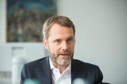 Allianz-Kranken Vorstand Daniel Bahr an Krebs erkrankt