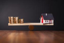 Explodierende Immobilienpreise: Jetzt kaufen oder lieber sparen
