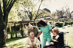 Pflegeplätze: Wer darf in Metropolen noch auf Unterbringung hoffen?