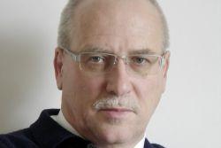 Münchener Verein baut Geschäftsbereich Pflege auf
