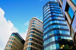 Real I.S. plant Transaktionen von über einer Milliarde Euro