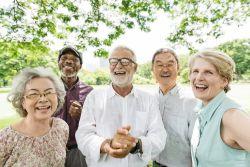 Altersvorsorge: Jeder Zweite findet, dass Aktien dazu gehören