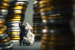 Auf die Schnelle noch Steuern sparen –  vier Tipps, die Bares wert sein können