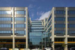 Offener Immobilienfonds Hausinvest erwirbt Seattle-Zentrale von Facebook