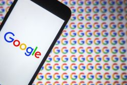 Rufschädigung über das Netz: Letzter Ausweg Google
