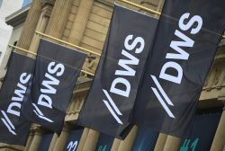 Deutsche Bank nimmt weniger Geld ein mit DWS-Börsengang