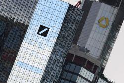 Deutsche-Bank-Chef sieht Notenbanken in der Sackgasse
