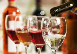 Winzerverband schlägt Schadenersatz statt Strafzölle auf Wein vor