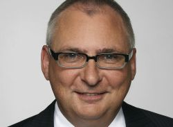 Roland Rechtsschutz mit neuem Vorstandsmitglied