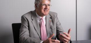 Policen im Fondsmantel: Experten streiten um Transparenz und Renditechancen